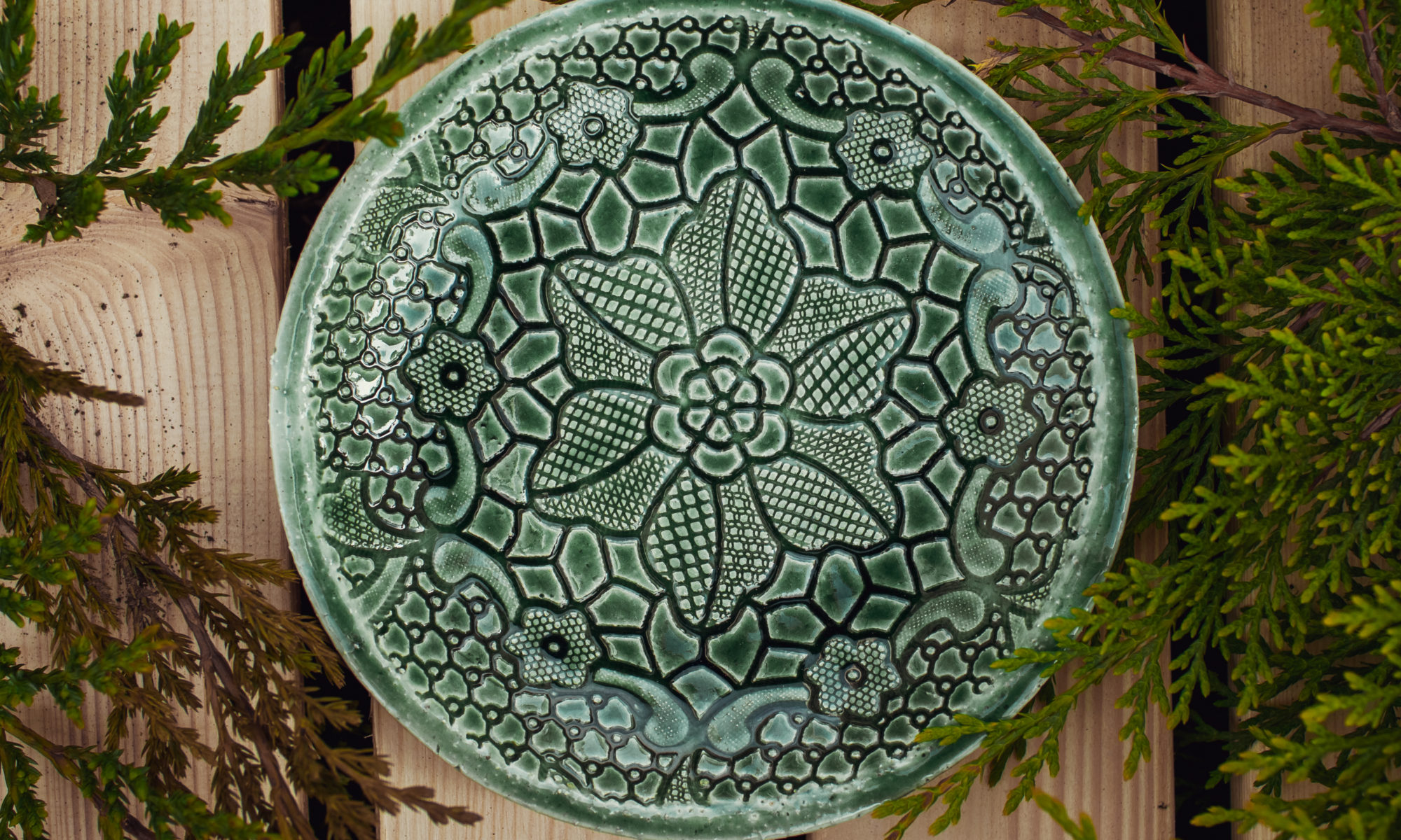 тарелка зеленая маленькая