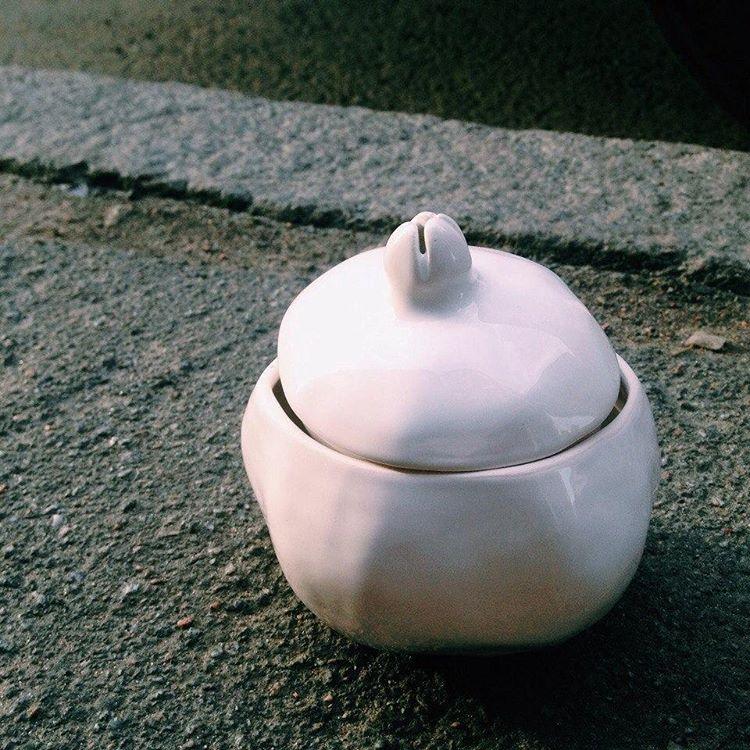 гранат-шкатулка белая средняя