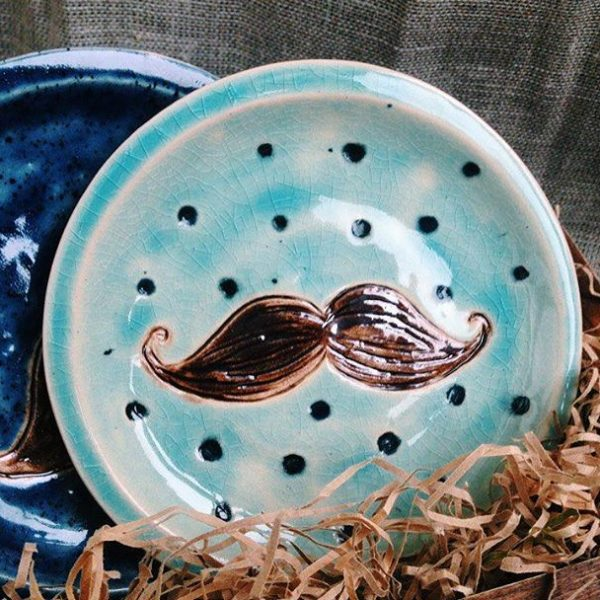тарелка с усами маленькая
