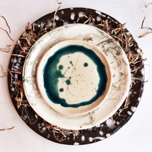 тарелка с каплями большая